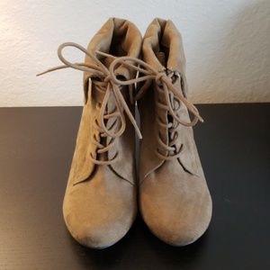 Nine West Suede Wedged Boots - 7 1/2